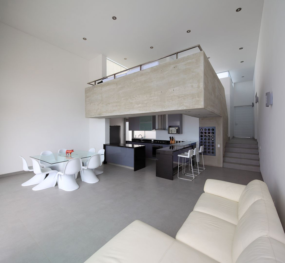 Open Plan, Kitchen, Dining, Living, Casa Playa Las Lomas, Peru by Vértice Arquitectos