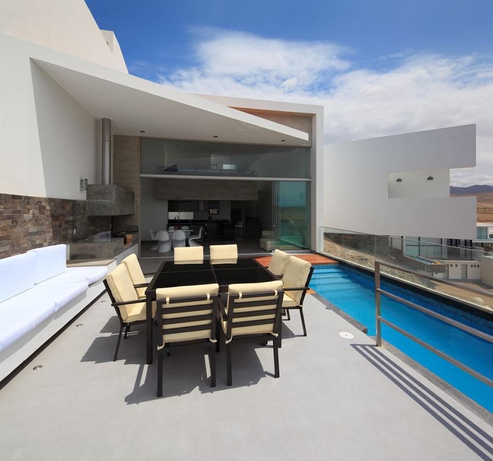 Pool, Outside Living, Casa Playa Las Lomas, Peru by Vértice Arquitectos