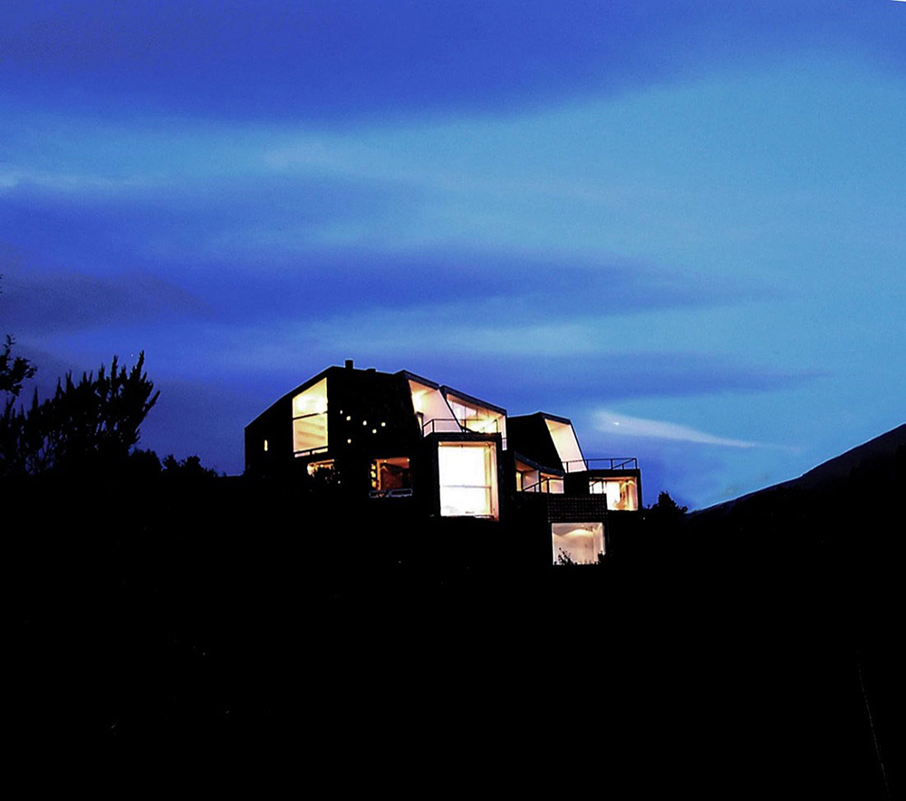 Evening, Casa S, Mountain House in Argentina by Alric Galindez Architects