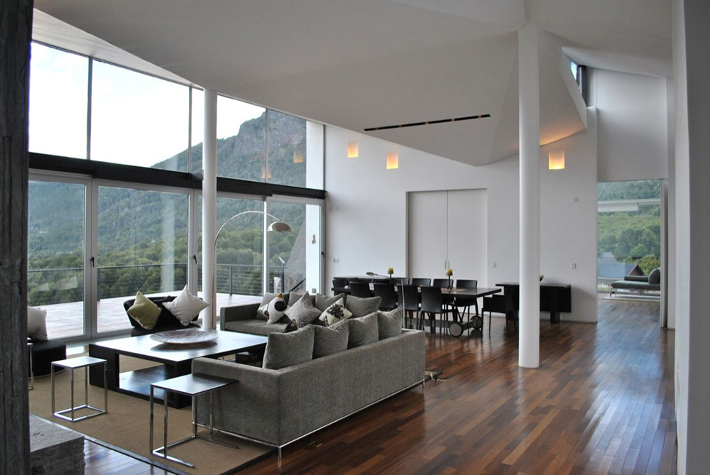 Open Plan Living Dining, Casa S, Mountain House in Argentina by Alric Galindez Architects