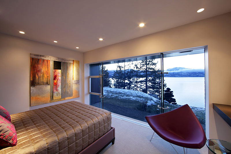 Bedroom, Lake House, Lake Tahoe by Mark Dziewulski Architect
