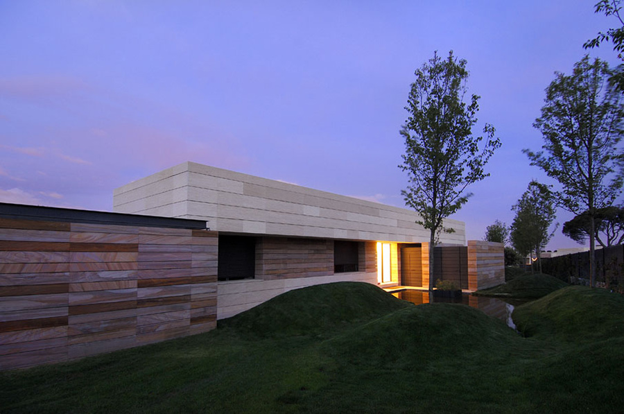 Water Feature, Vivienda 4 Luxury Development, Madrid by A-cero Architects