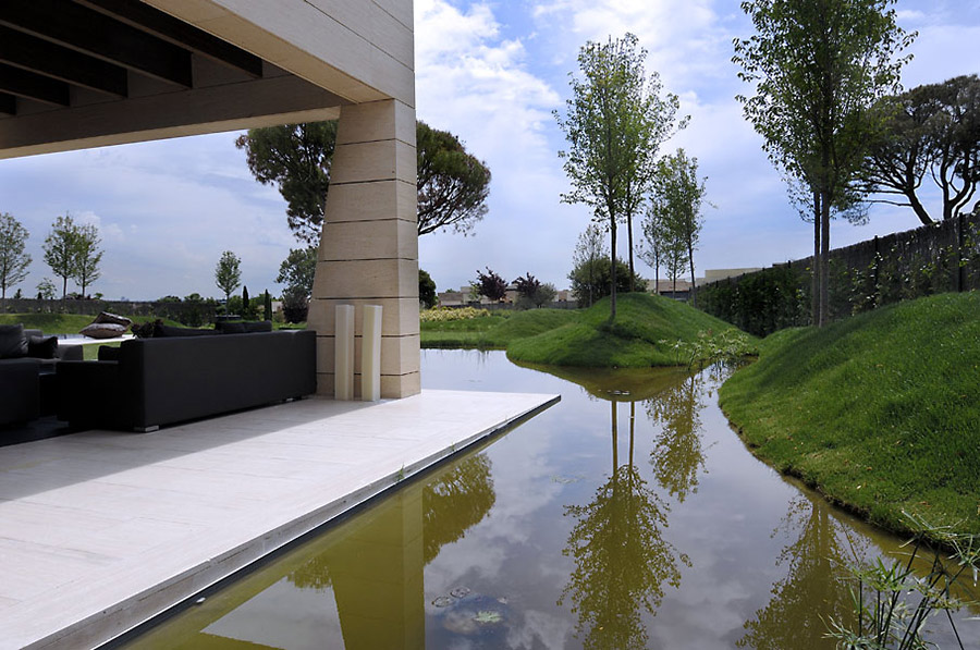 Water Feature, Vivienda 4 Luxury Development, Madrid by A-cero Architects