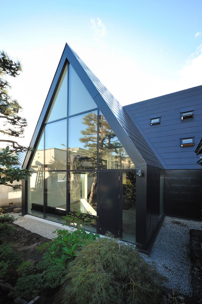 ASH House, Hokkaido, Japan by IRA