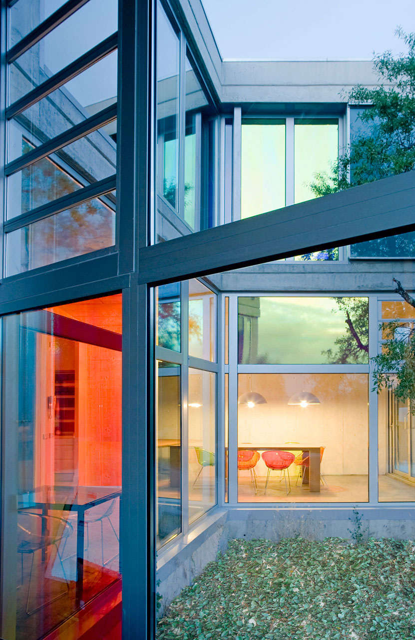 Glass Walls, Ants' House, Spain by Espegel-Fisac Architects