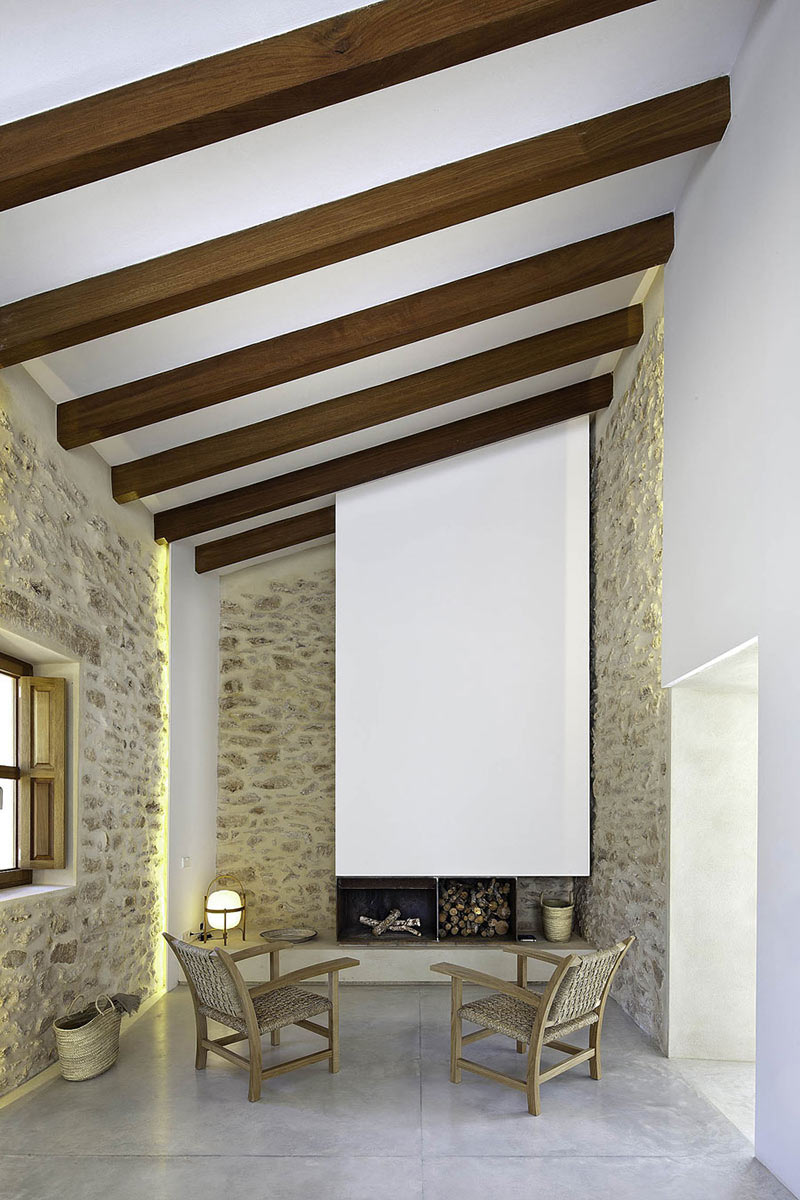 Living Room, Can Manuel d'en Corda by Marià Castelló Martínez