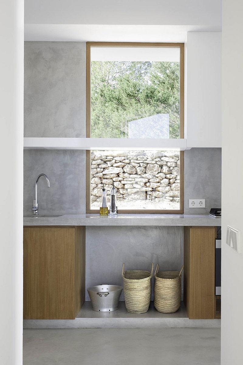 Kitchen, Can Manuel d'en Corda by Marià Castelló Martínez