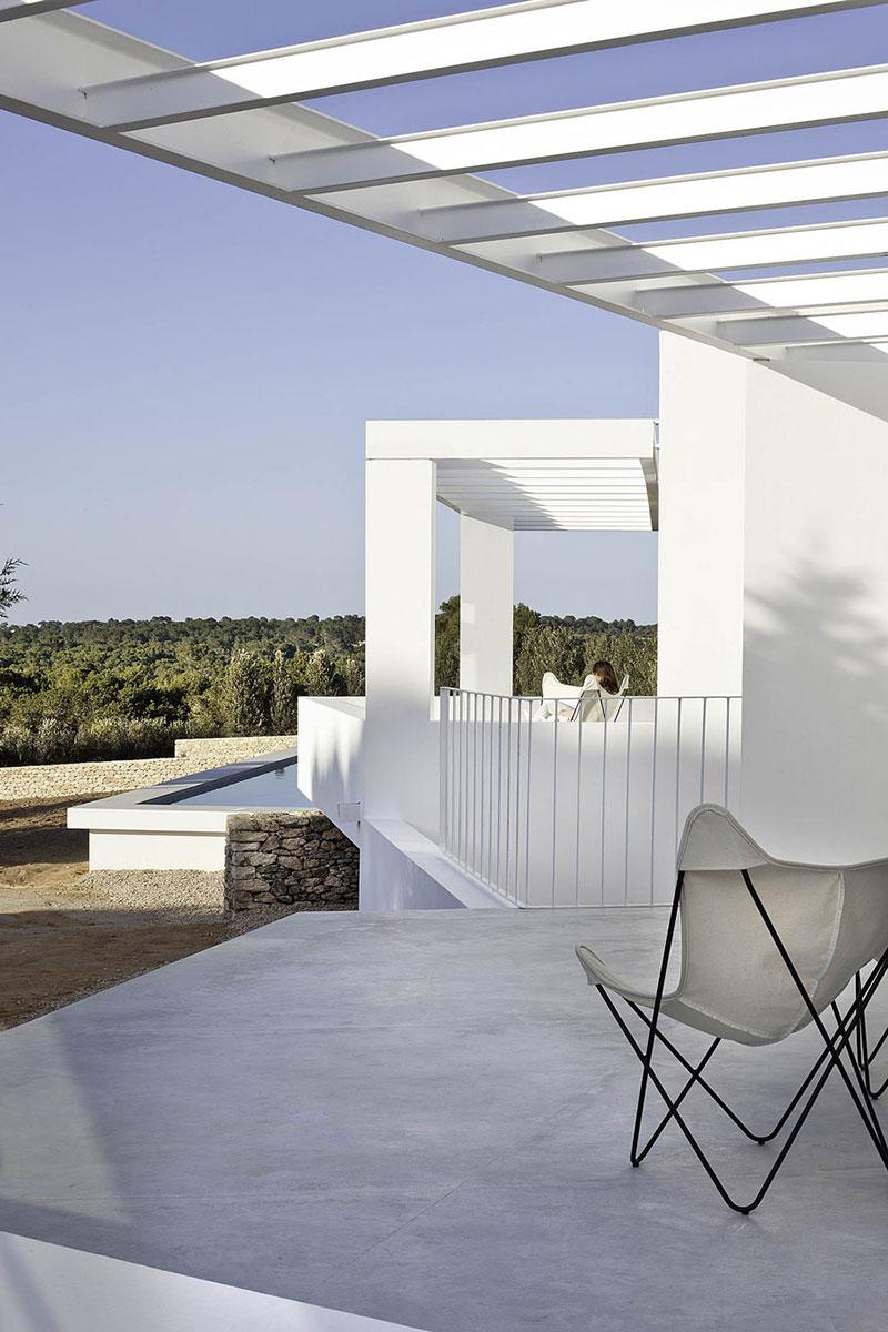 Terrace & Pool, Can Manuel d'en Corda by Marià Castelló Martínez