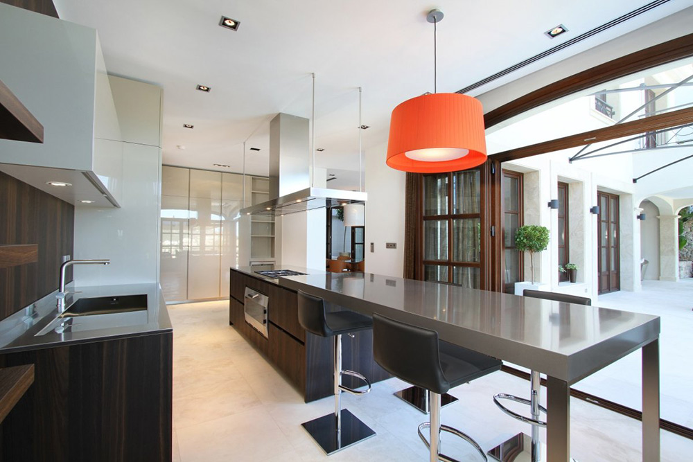 Kitchen, Breakfast Table, Can Siurell Villa, Mallorca by Curve Interior Design