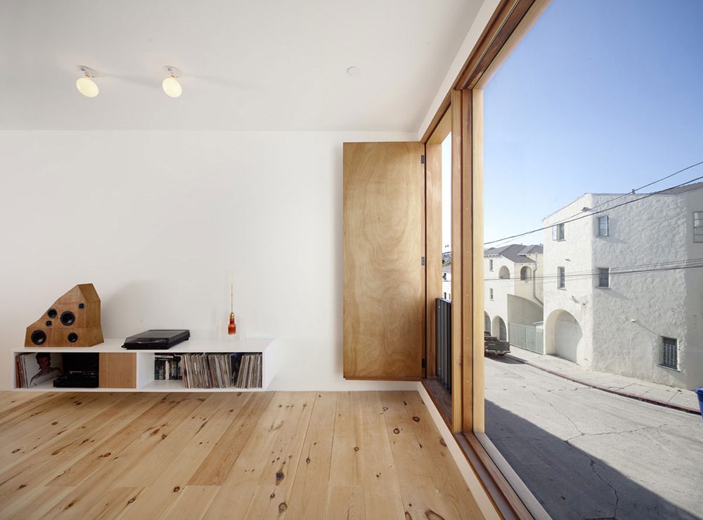 Living Space, Eels Nest, Los Angeles by Anonymous Architects