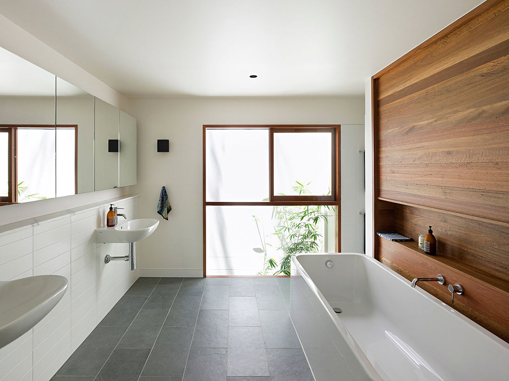 Bathroom Fig Tree Pocket House 2 Brisbane Australia By Shane Plazibat Architects