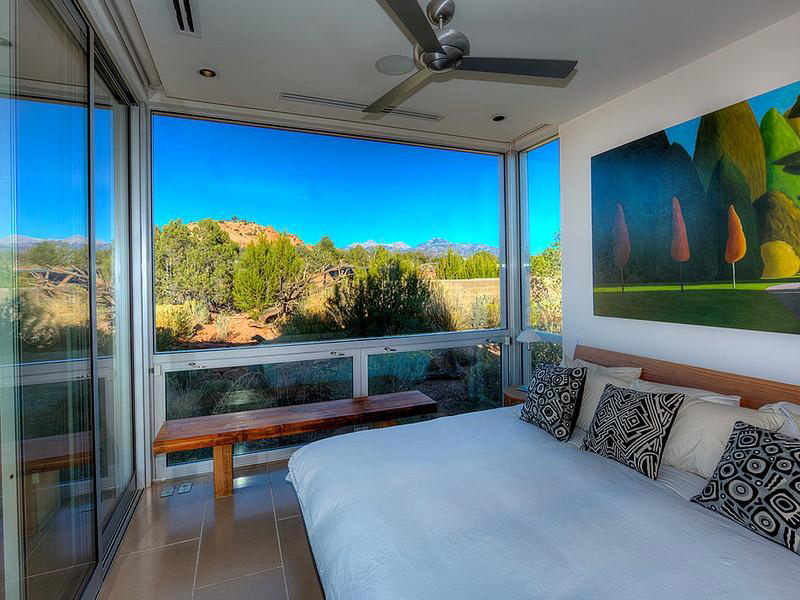 Bedroom, Hidden Valley House, Utah by Marmol Radziner