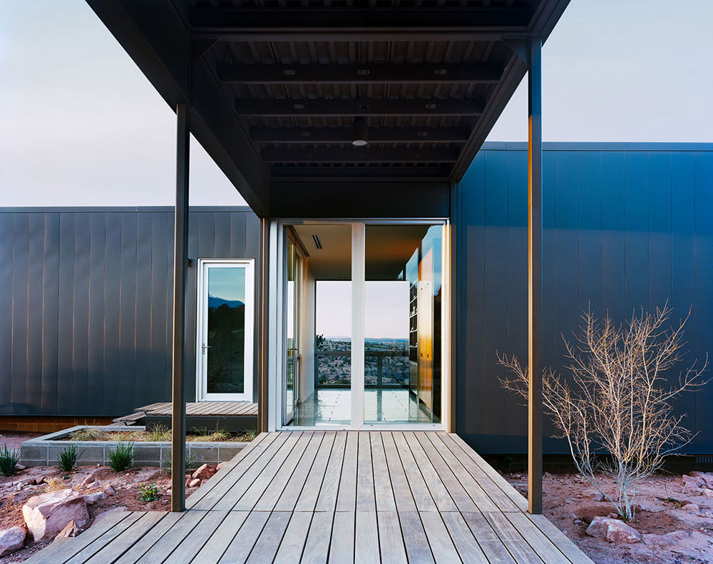 Entrance, Hidden Valley House, Utah by Marmol Radziner