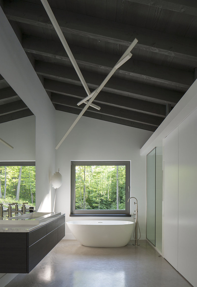 Bathroom, Maison de Bromont, Quebec, Canada by Paul Bernier