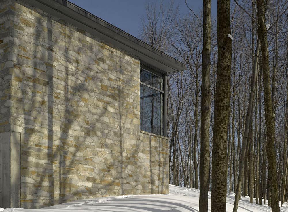 Maison de Bromont, Quebec, Canada by Paul Bernier