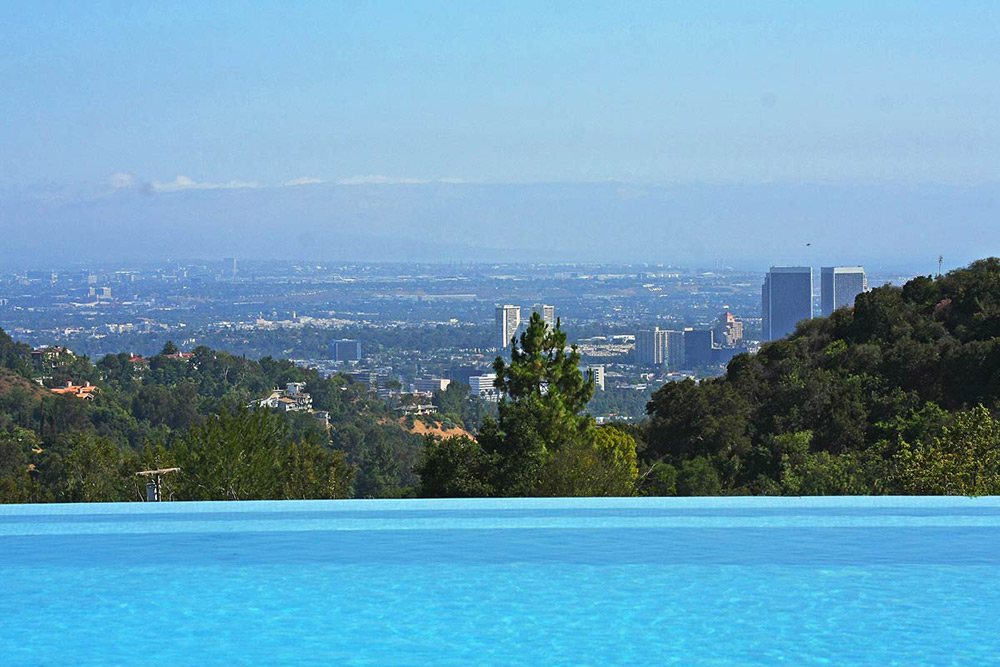 Infinity Pool, View of the City, Beautiful Mediterranean Home Beverly Hills