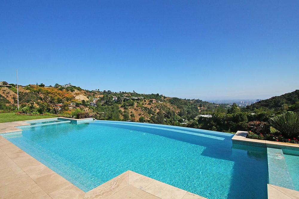 Outdoor Pool & Views, Beautiful Mediterranean Home Beverly Hills