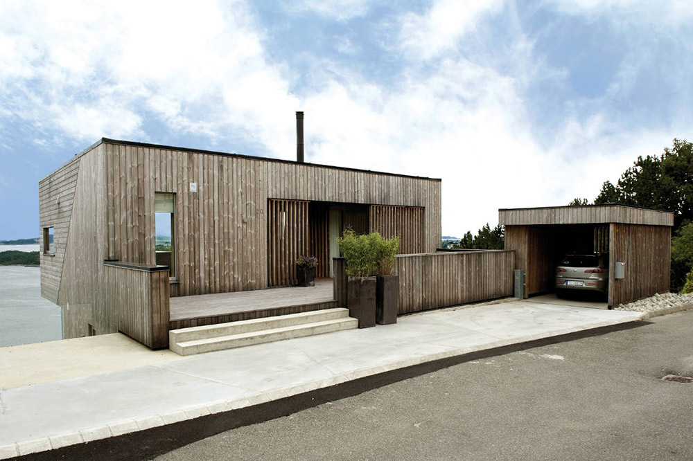 Entrance, Garage, Northface House, Norway by Element Arkitekter AS