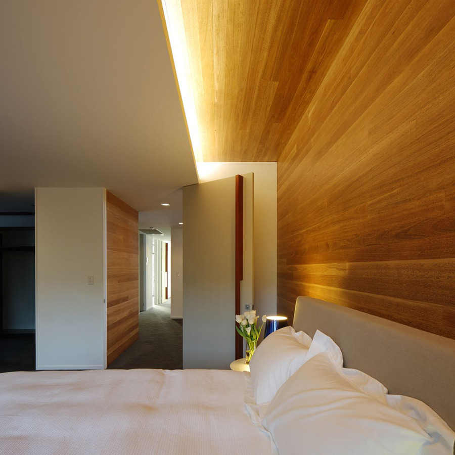 Bedroom, Park House, Queensland, Australia by Shaun Lockyer Architects