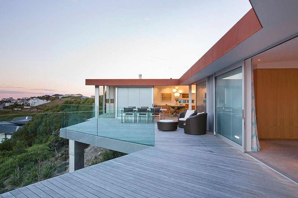 Terrace, Outdoor Dining, Redcliffs House, Christchurch, New Zealand by MAP Architects