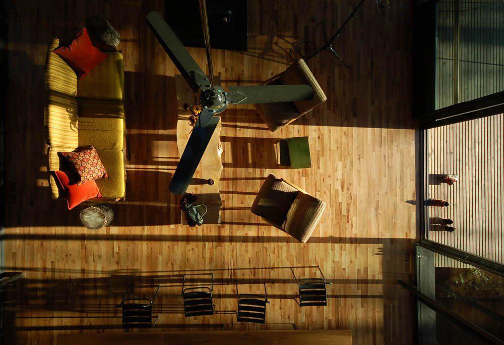Living Space, Sneeoosh Cabin, Washington by Zeroplus Architects