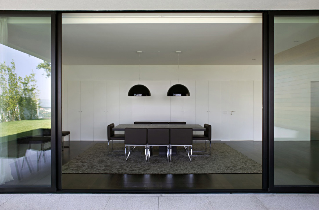 Dining Room, Patio Doors, CS House Portugal by Pitagoras Arquitectos
