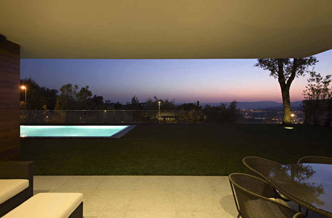 Evening View, Pool, CS House Portugal by Pitagoras Arquitectos