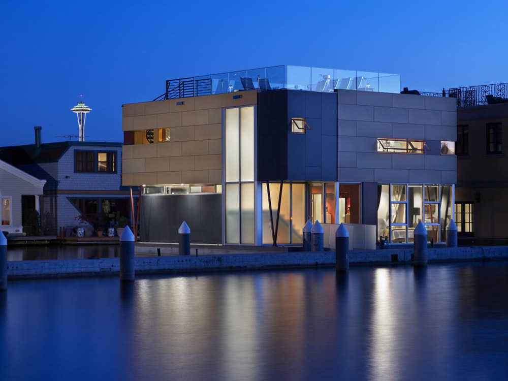 Evening Lights, Lake Union Floating Home, Seattle by Vandeventer + Carlander Architects