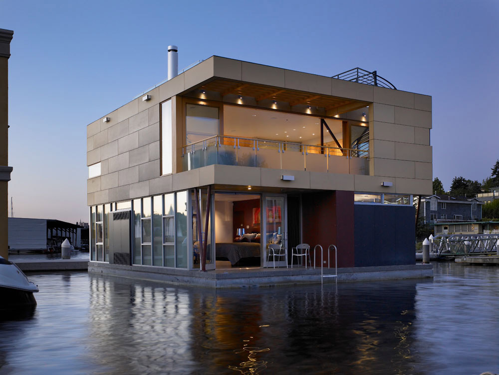 Lake Union Floating Home, Seattle by Vandeventer + Carlander Architects