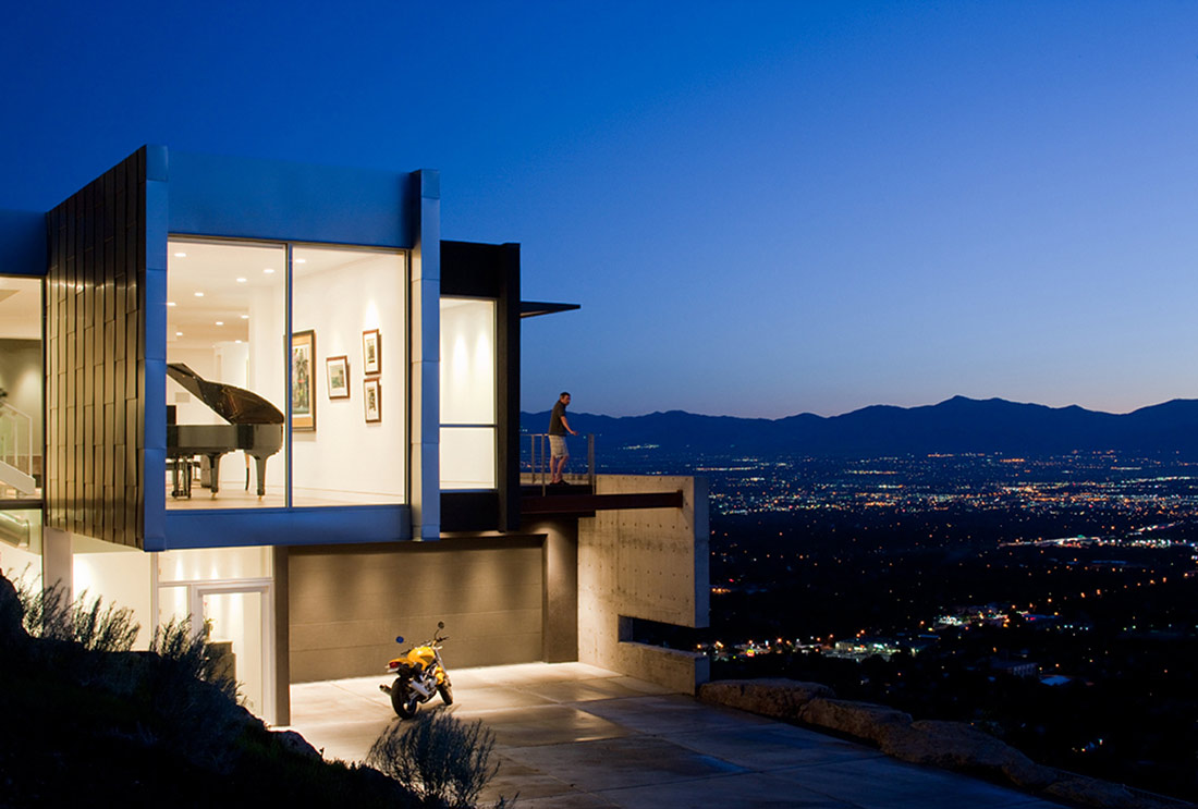 Evening Lights, H-House, Salt Lake City by Axis Architects