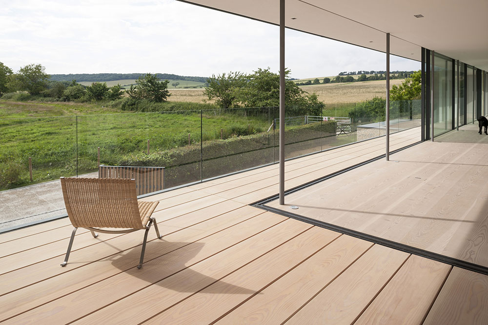 Balcony, View, Hurst House, Buckinghamshire by John Pardey Architects + Strom Architects