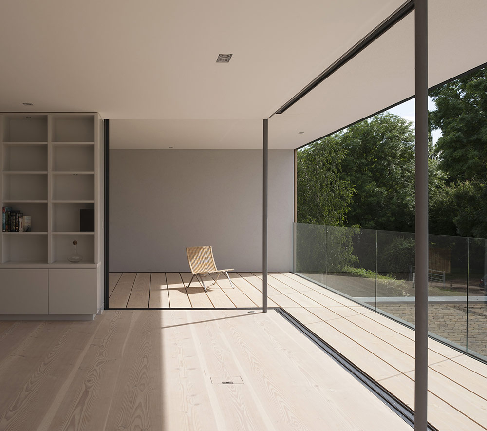 Living Room, Balcony, Hurst House, Buckinghamshire by John Pardey Architects + Strom Architects
