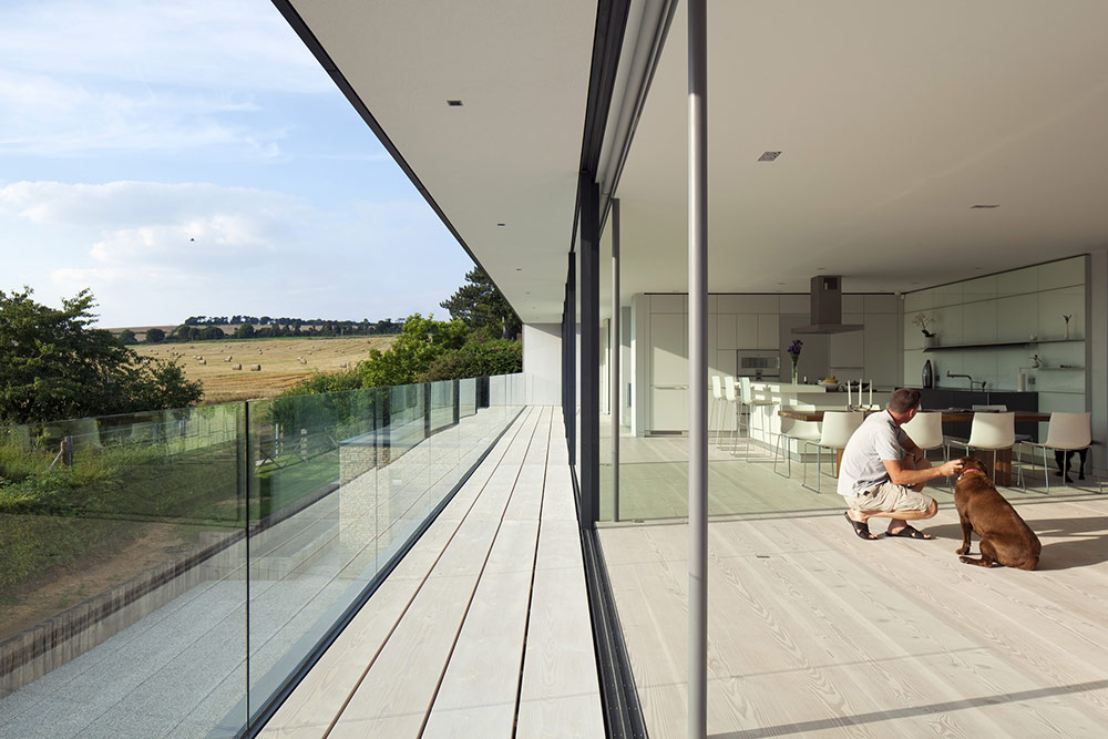 Open Plan Living, Balcony, Hurst House, Buckinghamshire by John Pardey Architects + Strom Architects