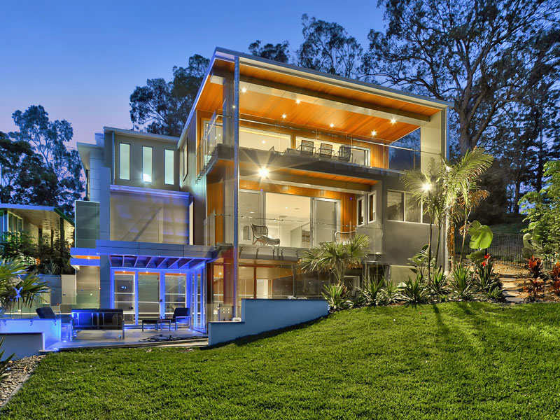 Luxury Home on Brisbane River