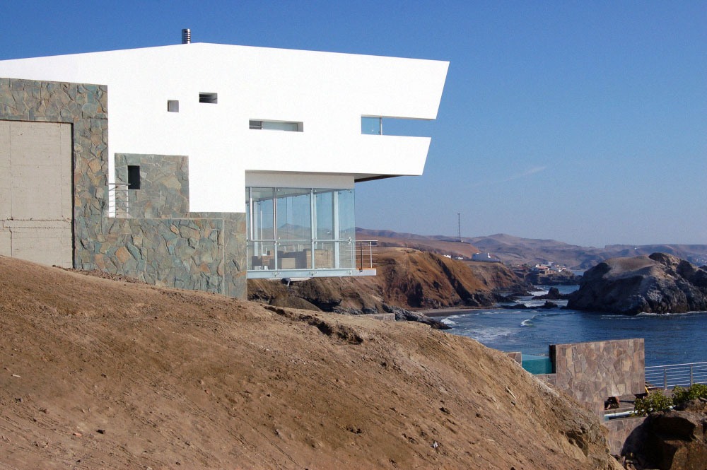 Cliff Edge, Views, Lefevre House, Peru by Longhi Architects