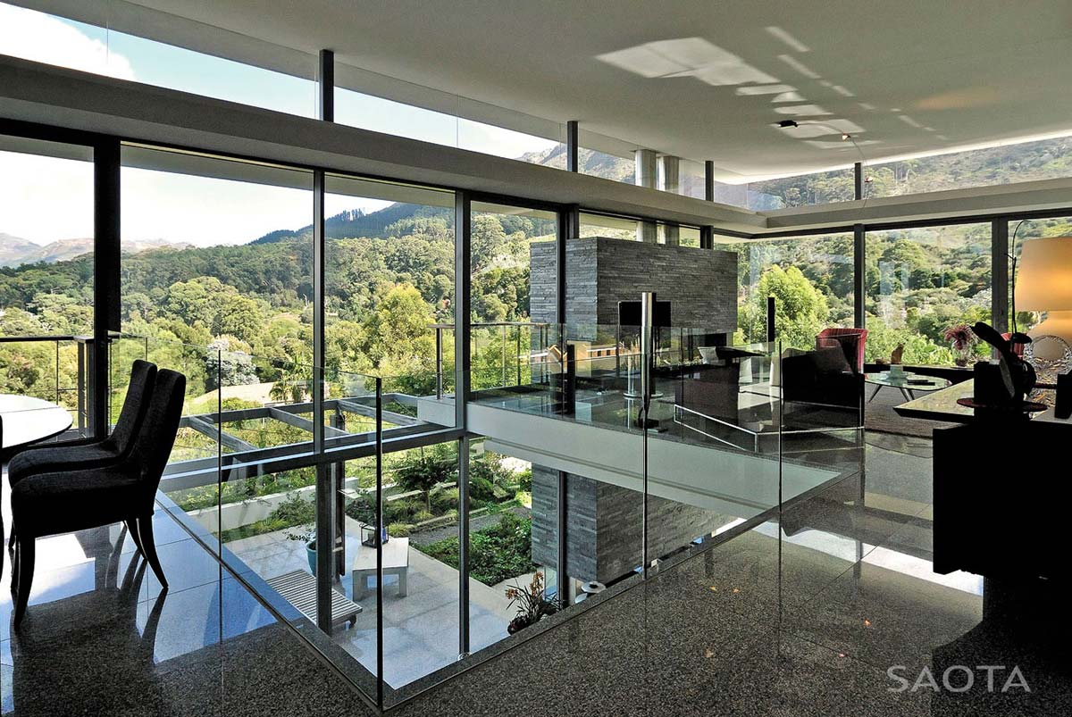 Open Plan Living, Montrose House, Cape Town by SAOTA