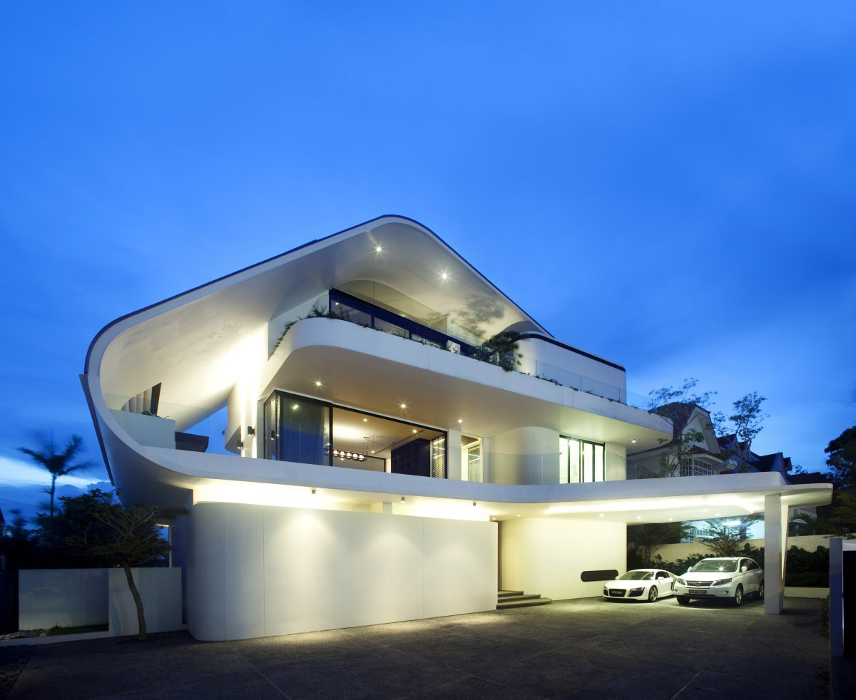 Evening Lights, Ninety7 @ Siglap Road House by Aamer Architects