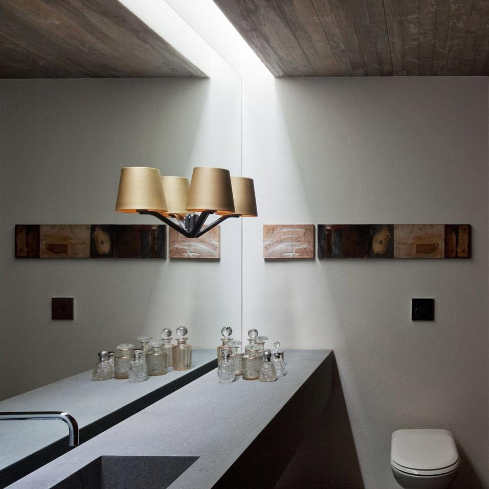 Bathroom, V4 house, Sao Paulo, Brazil by Studio MK27