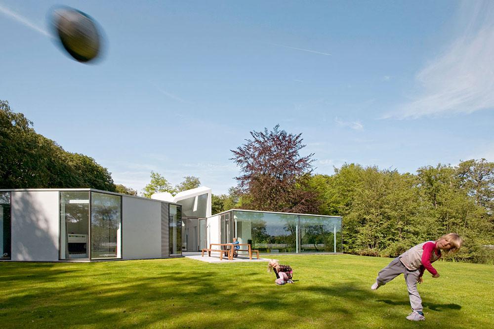 Garden, Villa 4.0, Netherlands by Dick van Gameren Architecten