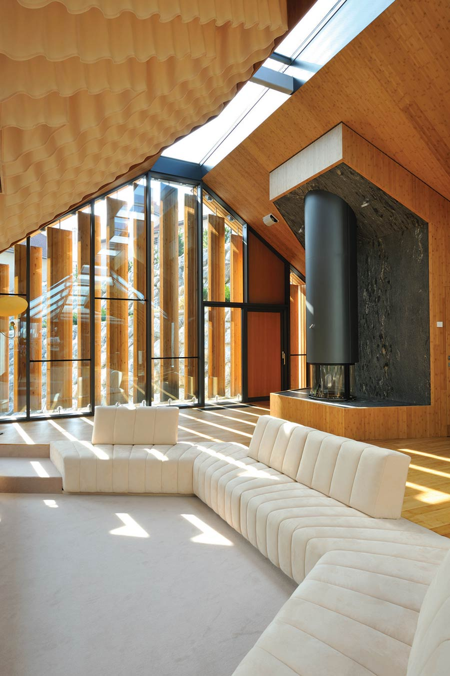 "Contemporary Fireplace, Living Room, Villa ""On the deck into life"", Slovenia by Superform"