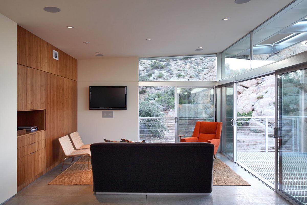 Living Space, Rock Reach House, Mojave Desert, California, USA