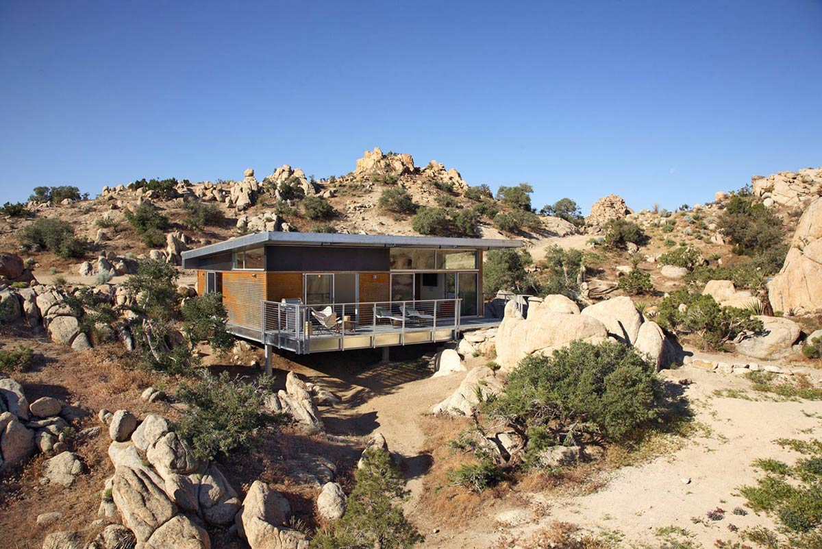 rock reach house mojave desert. Black Bedroom Furniture Sets. Home Design Ideas