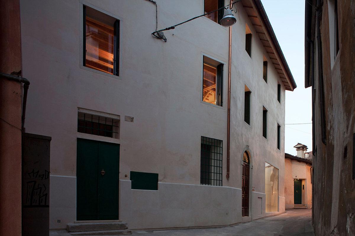 Casa Ceschi, Vicenza, Italy
