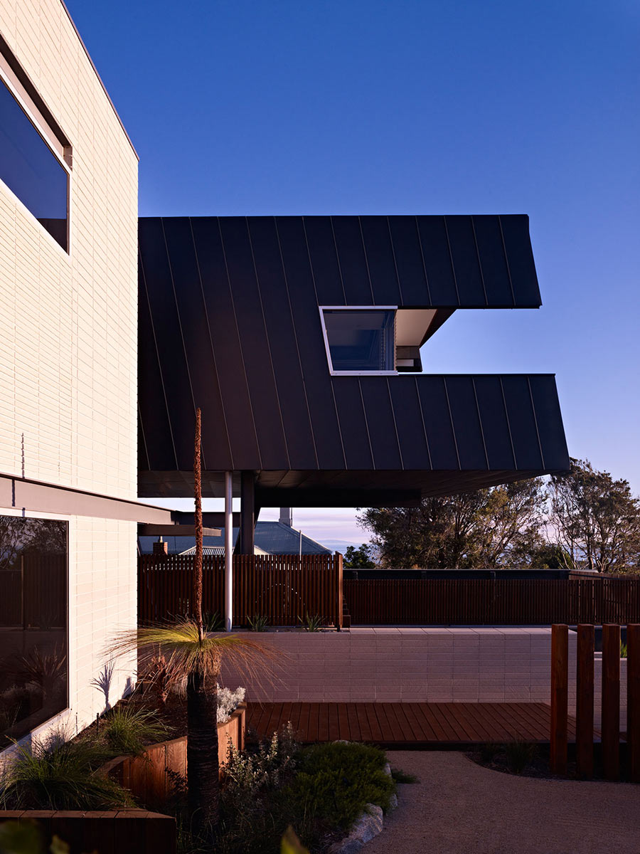 Coronet Grove Residence by Maddison Architects