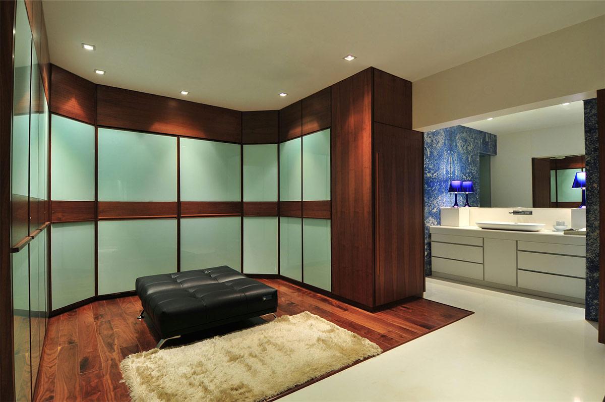 Dressing Room, Bathroom, Three Story Home, Mumbai, India by ZZ Architects