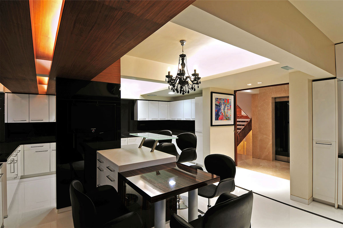 Kitchen, Three Story Home, Mumbai, India by ZZ Architects