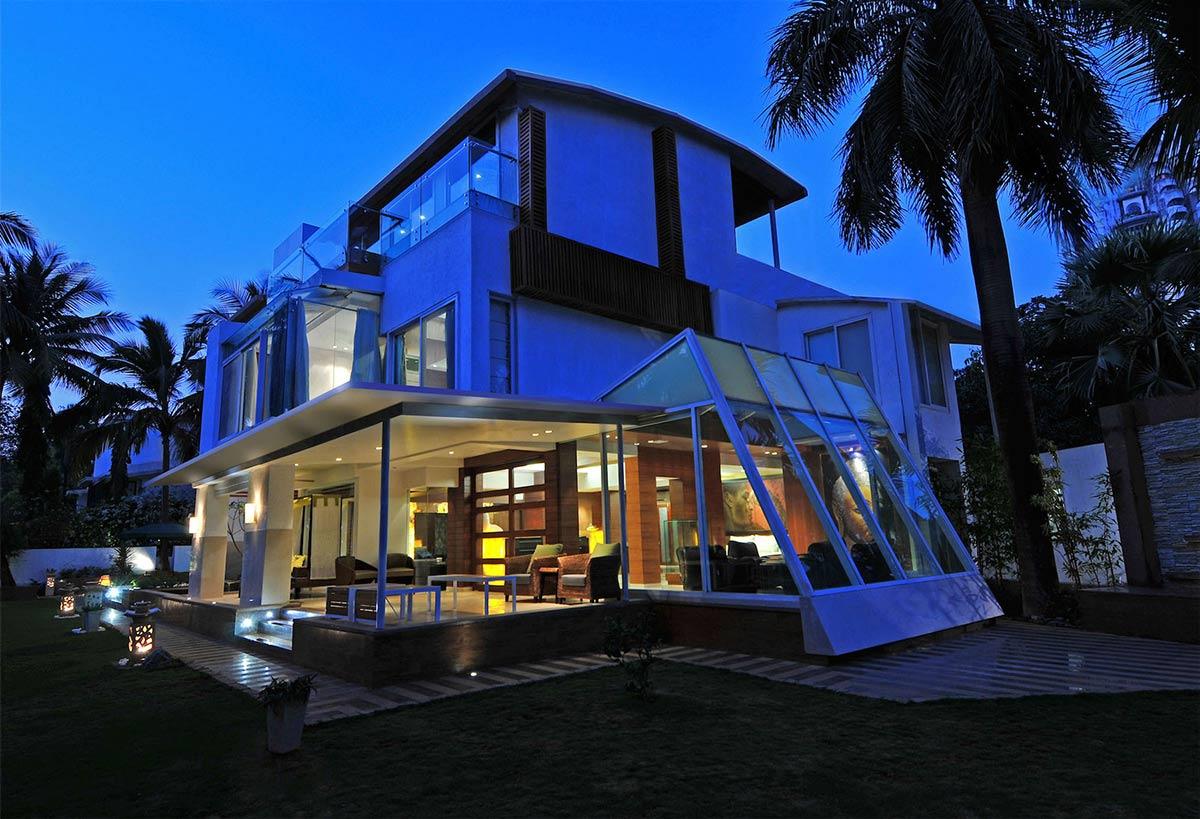 Three-Story Home, Mumbai, India by ZZ Architects