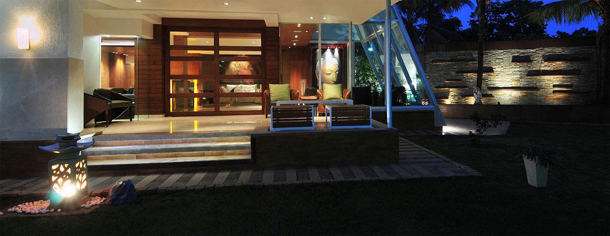 Terrace, Outdoor Dining, Three Story Home, Mumbai, India by ZZ Architects