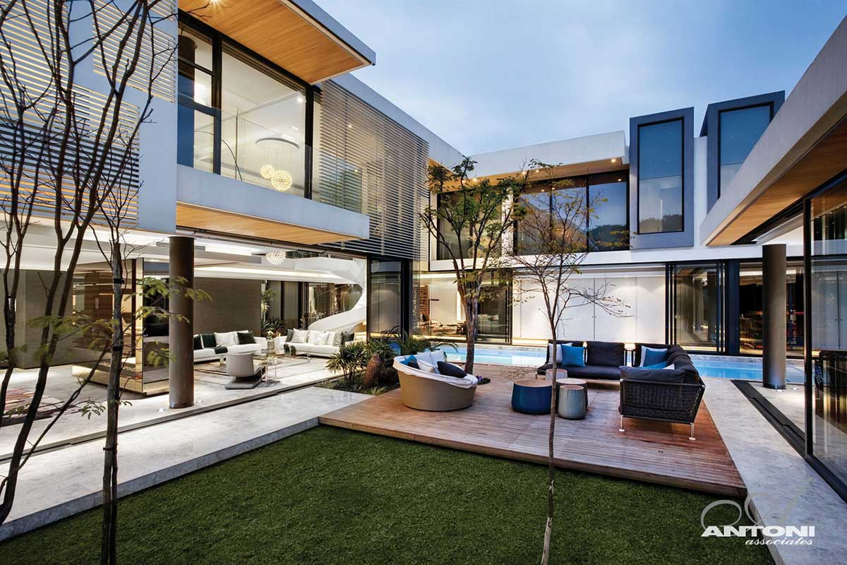 Outdoor Seating, Houghton Residence, Johannesburg, South Africa