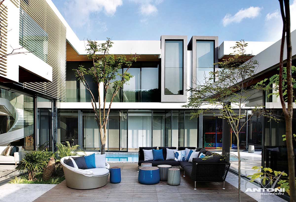 Wooden Decking, Outdoor Black Sofa, Houghton Residence, Johannesburg, South Africa